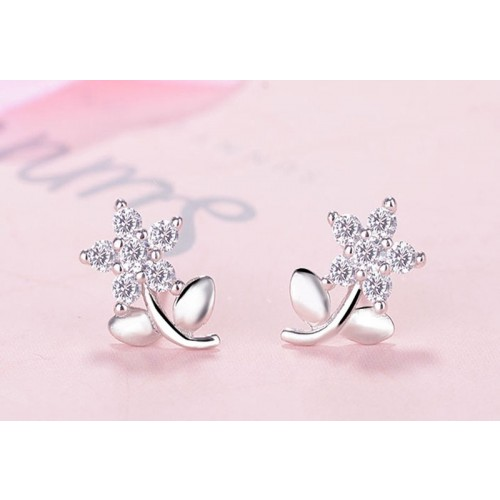Beautiful  Flower with leaves Sterling Silver Stud  Earrings Perfect Gift For Women