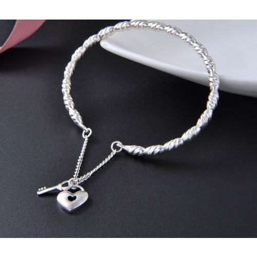 Simple Popular Retro with Heart-shaped  990 Sterling Silver Bracelet Perfect Gift For Women